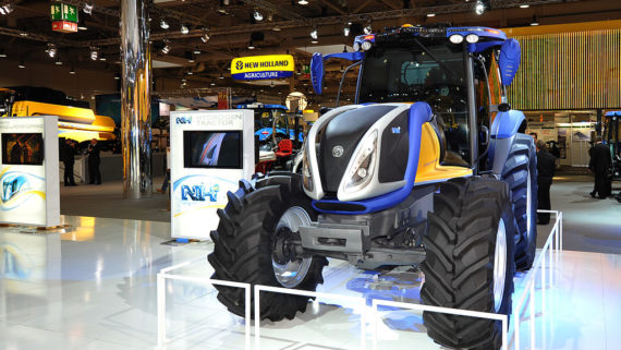 New_Holland_NH2_hydrogen_tractor_at_Agritechnica_2009