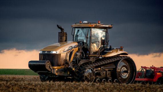 challenger_mt800e_series_track_tractor_mt875e_h