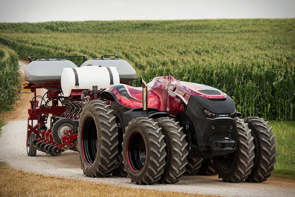 case-magnum-auto-tractor-1